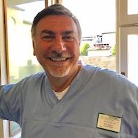 Odontoiatra del centro Antodent-Omeopata-Medico chirurgo